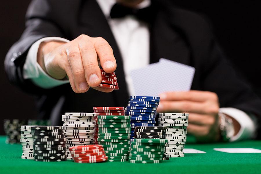 ポーカーファン